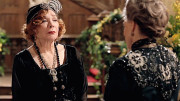 1357603238shirley_maclaine_downton_abbey_a_l